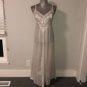 Victoria Secret nightgown size m